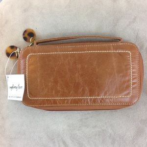 NWT! Sydney Love Zip Around Faux Leather Wallet